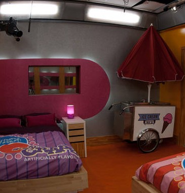 lollypop bedroom