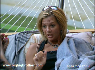 BB13 Shelly puts her plan into effect