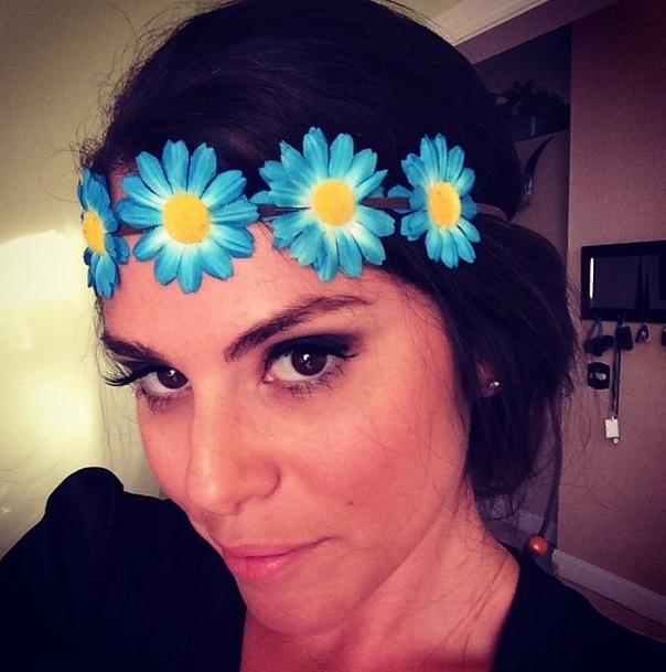 Big Brother 2013 Spoilers – Amanda Zuckerman models Justine Flower Halo