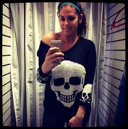 Big Brother 2013 Spoilers – Amanda Zuckerman models skull sweater