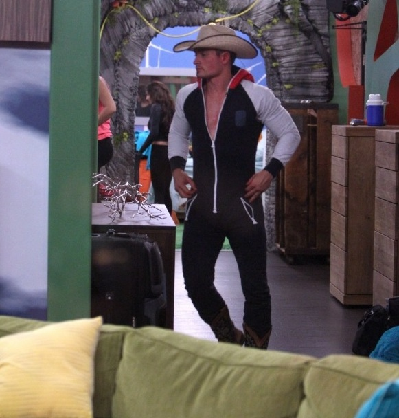 Big Brother 2014 Spoilers – Caleb and Amber 2