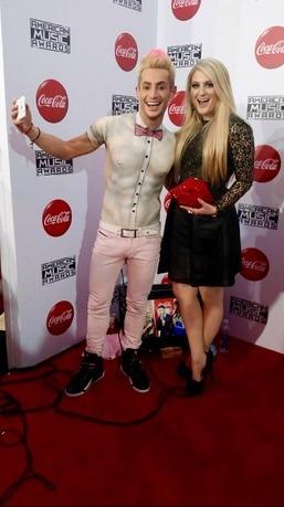 Big Brother 2014 Spoilers – Frankie Grande Shirtless At AMAs 9