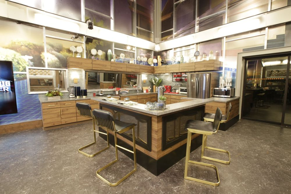 Celebrity Big Brother Kitchen 4