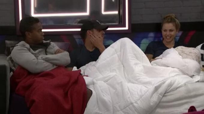 Big Brother 22 Live Feeds Recap Week 1 – Sunday