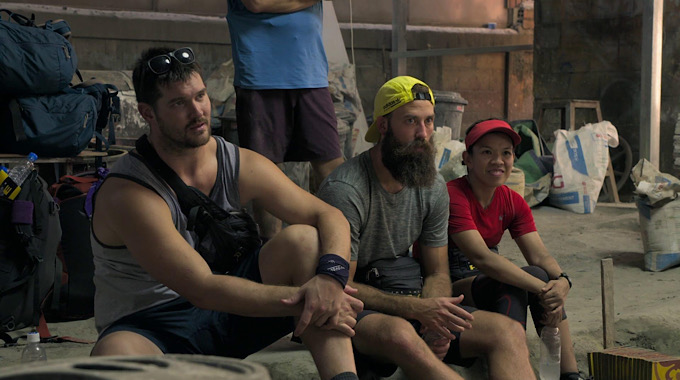 The Amazing Race Live Recap Episode 10 – Getting Down to the Nitty Gritty